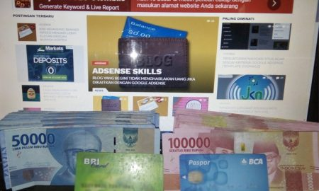 Menarik uang di ATM.jpg