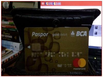 Kartu ATM Paspor BCA Gold.jpg