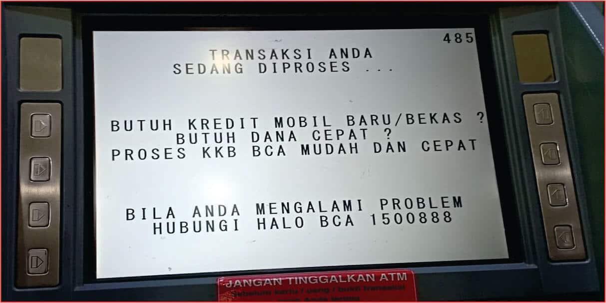 Proses transaksi dana tunai pada ATM.jpg
