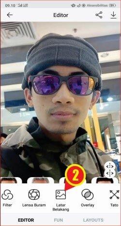 edit latar foto warna merah atau biru dengan FaceApp.jpg